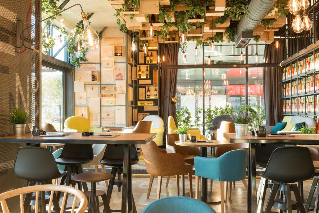 Intérieur de restaurant original